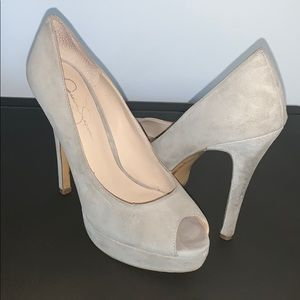 Jessica Simpson Platform pumps